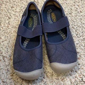 Keen denim shoes.